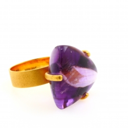 Amethyst Ring Triangle
