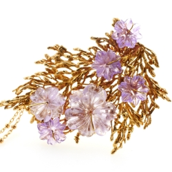 Stamens and amethysts brooch